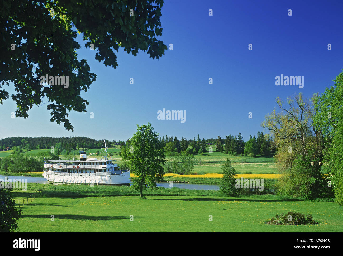 Passenger steamship crossing Sweden on Gota Canal between Stockholm and Gothenburg - Stock Image