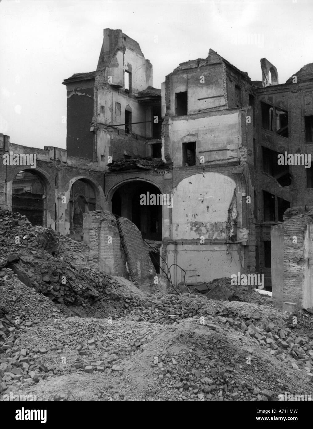 events, post war era, destroyed cities, Berlin, former headquarter of the Gestapo, Prinz-Albrecht-Strasse, 1948, - Stock Image