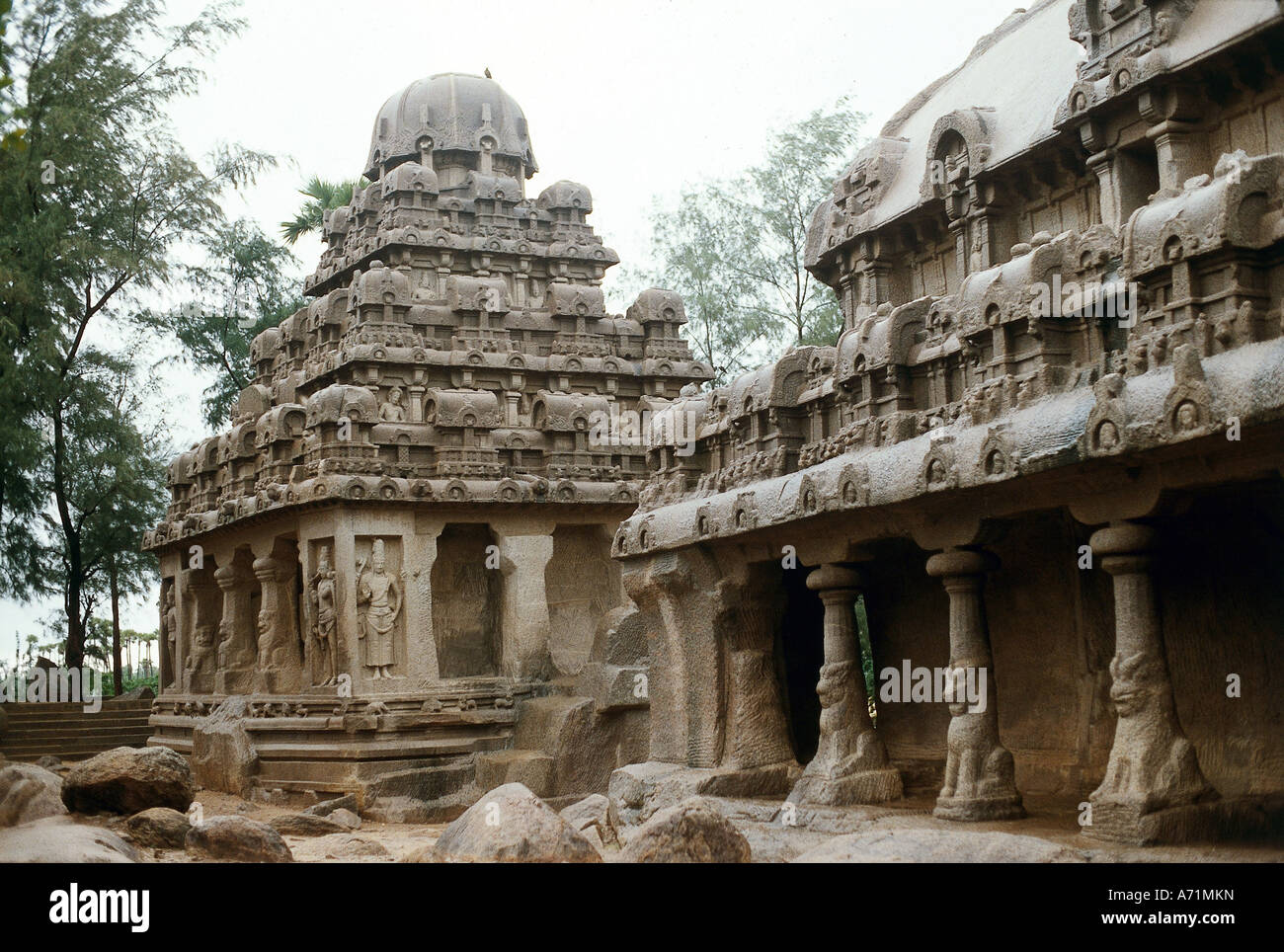 geography / travel, India, Mahabalipuram (Mamallapuram), tamil Nadu, temple, built until 668 AD under Pallava dynasty, - Stock Image