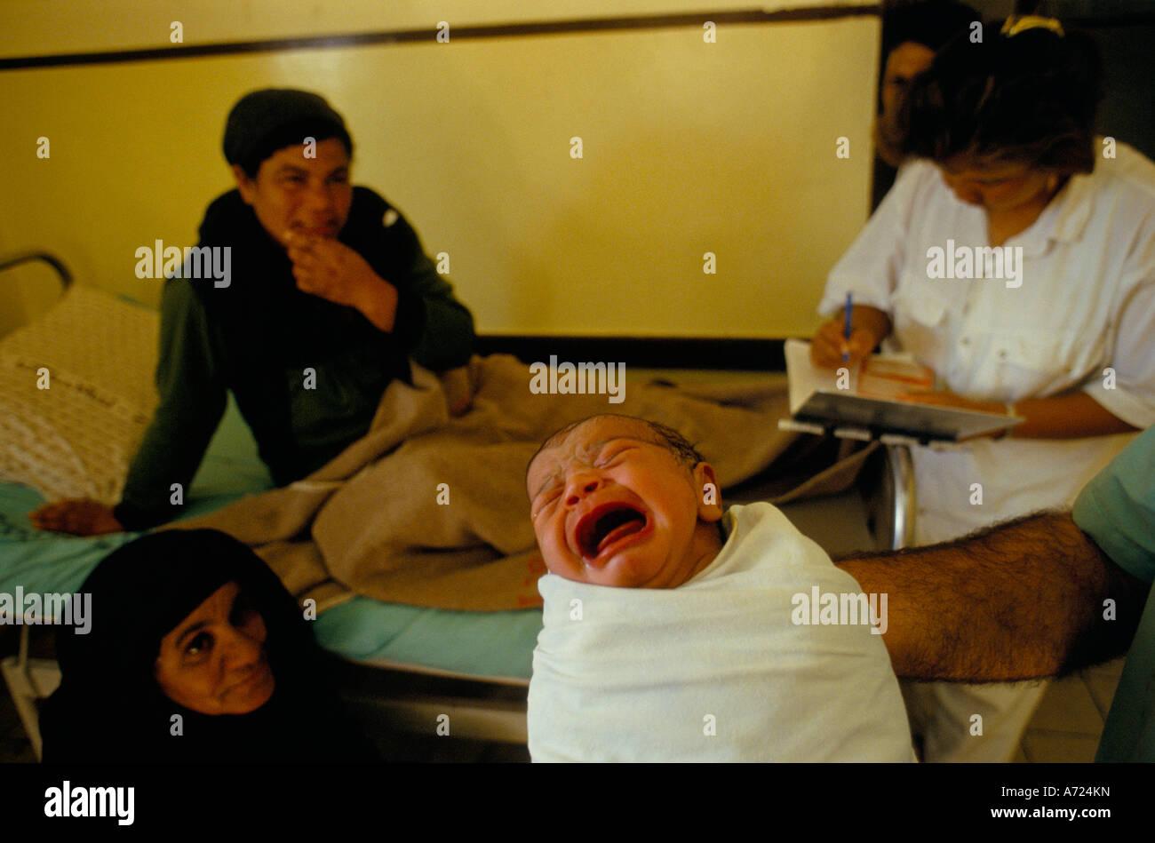 Hospital Relatives Doctor Stock Photos & Hospital Relatives