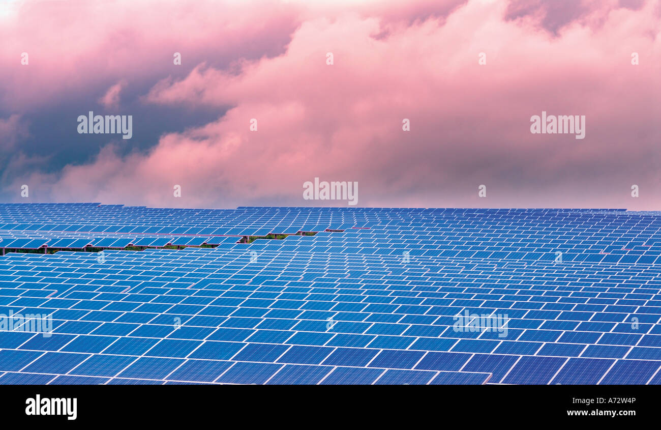 Solar cells directed to the sun at the biggest Solar Park of Europe, Brinches, Serpa, Alentejo, Portugal - Stock Image