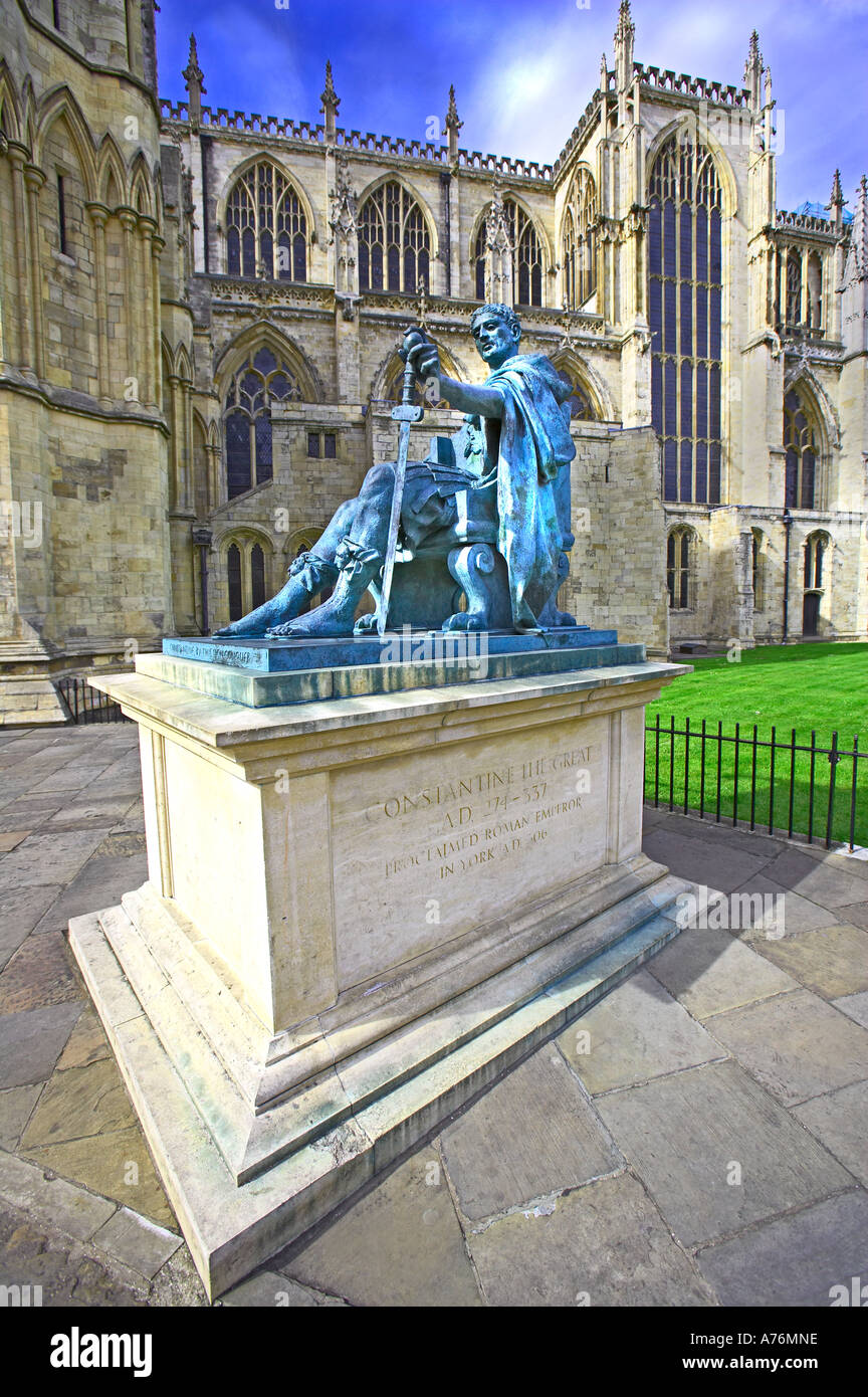 York Minster a statue of Roman Emperor Constantine the Great AD 274-337, proclaimed Emperor in York in AD306 - Stock Image