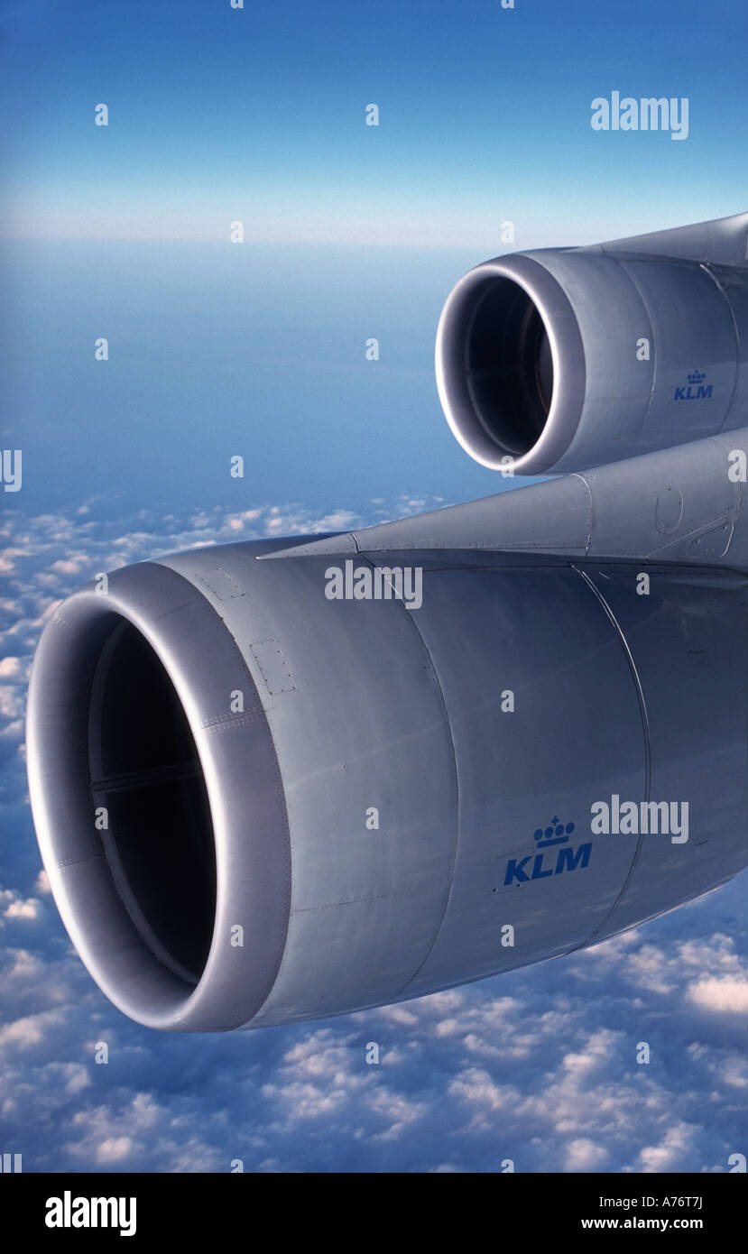 Boeing 747 400 engines viewed inflight at 35000 feet KLM livery - Stock Image