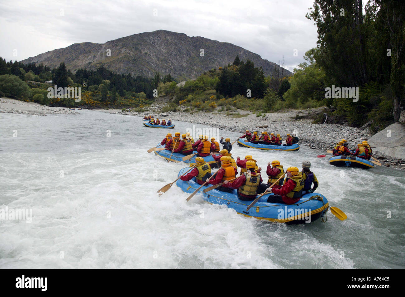 white water rafting shotover river queenstown new zealand. Black Bedroom Furniture Sets. Home Design Ideas