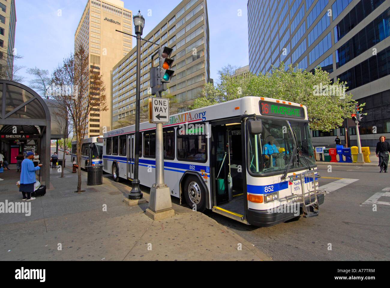 public bus transportation downtown nashville tennessee tn tenn us usa stock photo 11752663 alamy. Black Bedroom Furniture Sets. Home Design Ideas