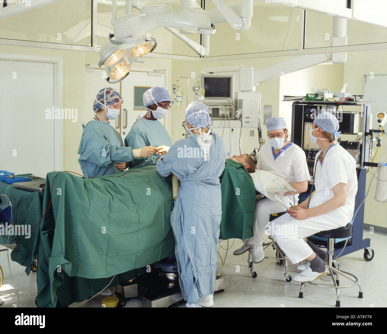 OPERATING THEATRE TEAM - Stock Image