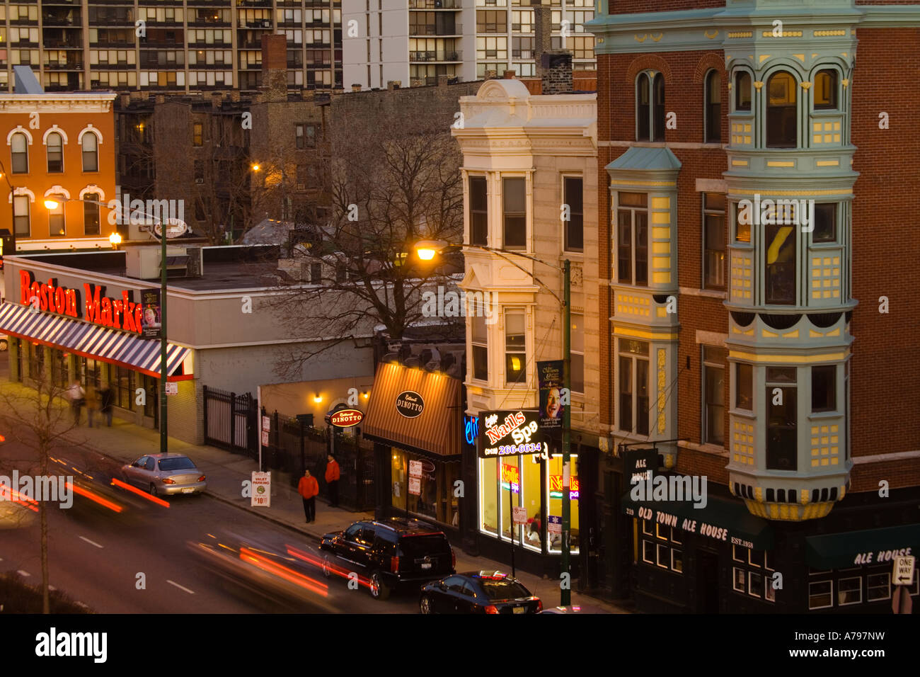 CHICAGO Illinois Restaurants businesses and stores along North Avenue aerial view traffic on street Old Town neighborhood - Stock Image