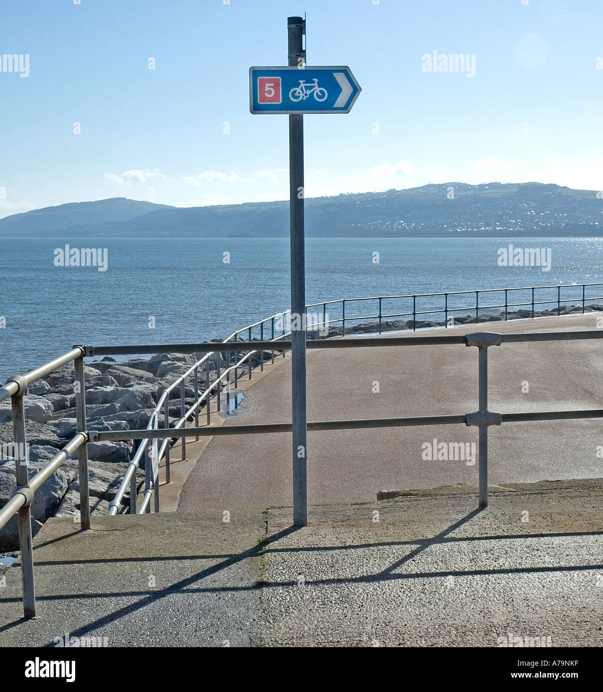 Cycle path sign,Colwyn Bay promenade - Stock Image