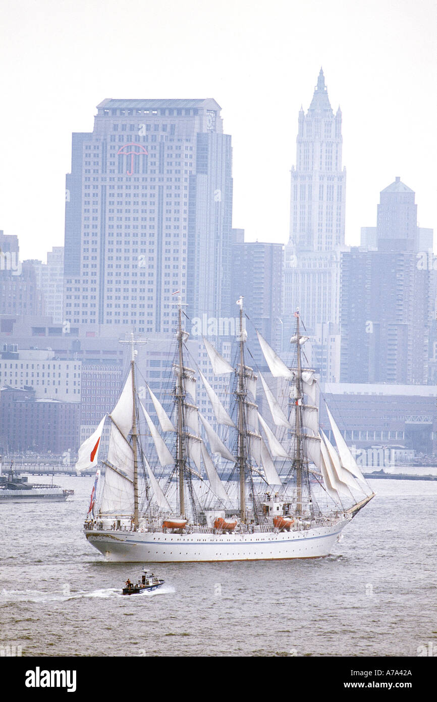 OpSail July 4 2000 Manhattan New York - Stock Image