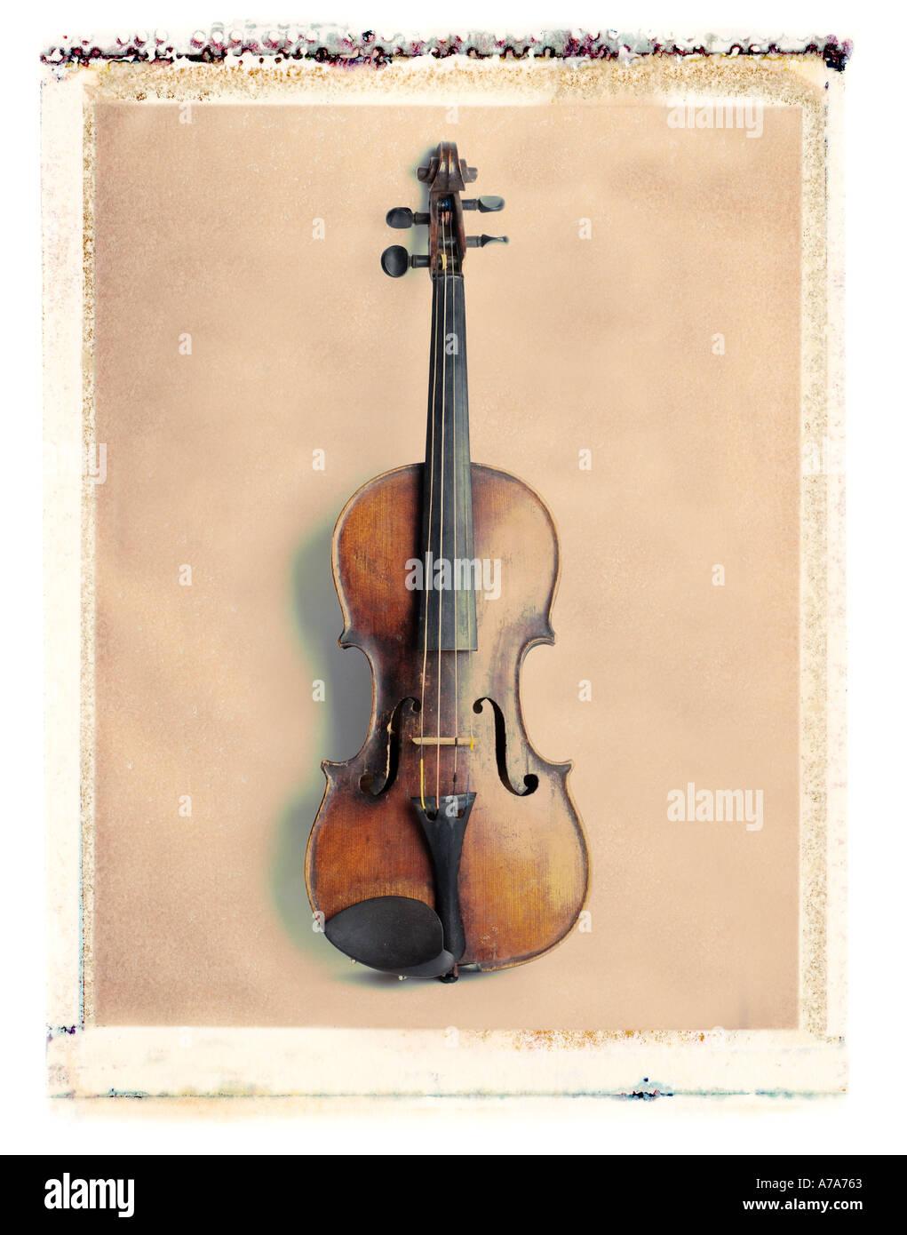antique violin - Stock Image