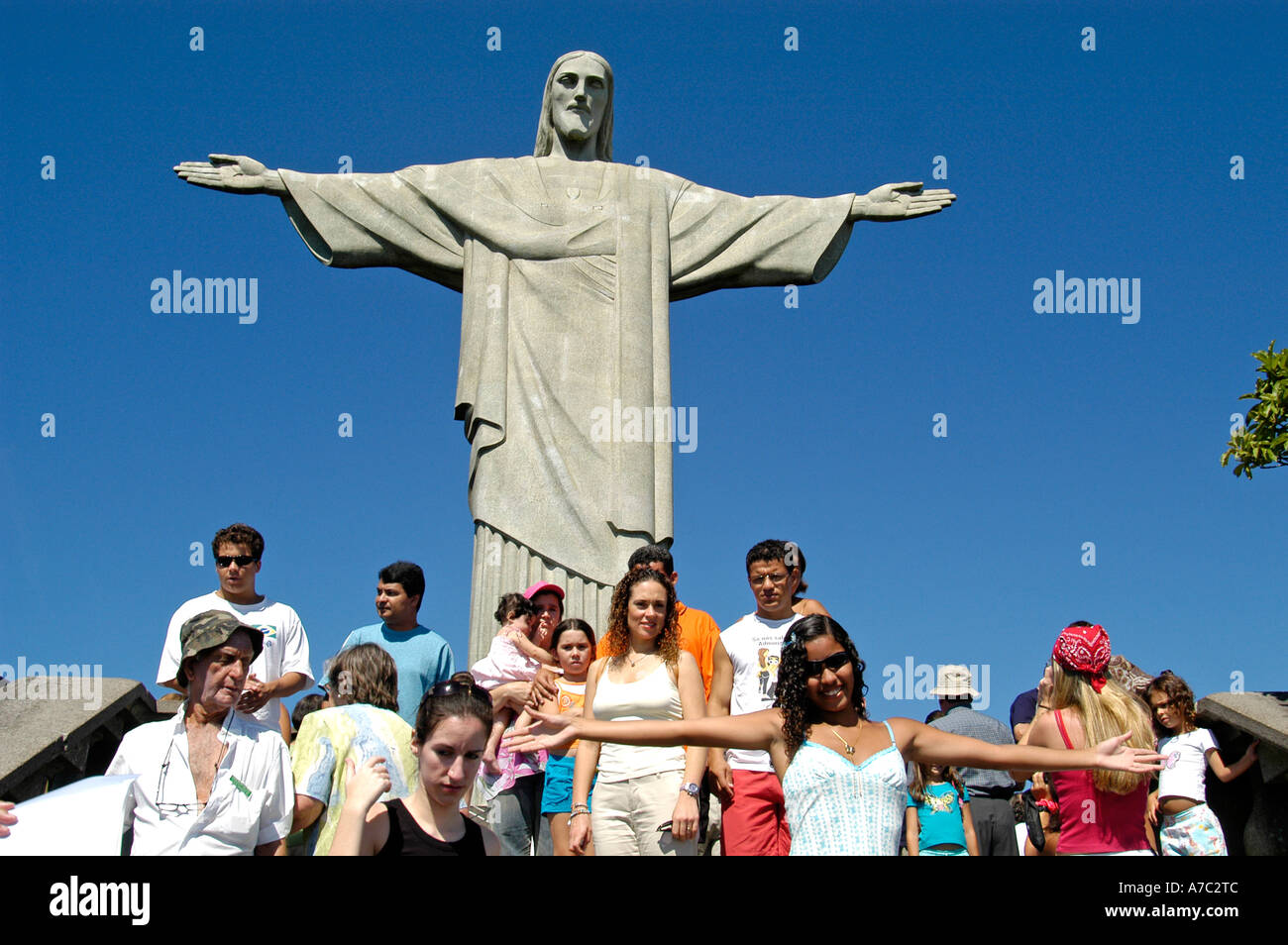Tourists at Statue of Christ the Redeemer, Corcovado Mountain, Rio de Janeiro - Stock Image