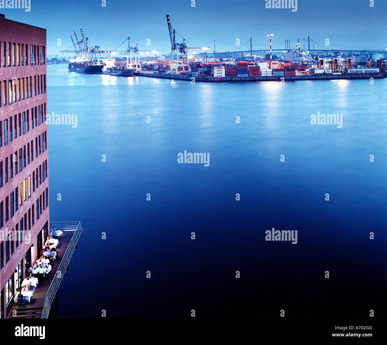 4019 GERMANY HAMBURG 13 09 2004 View to the harbour Christian O Bruch VISUM - Stock Image