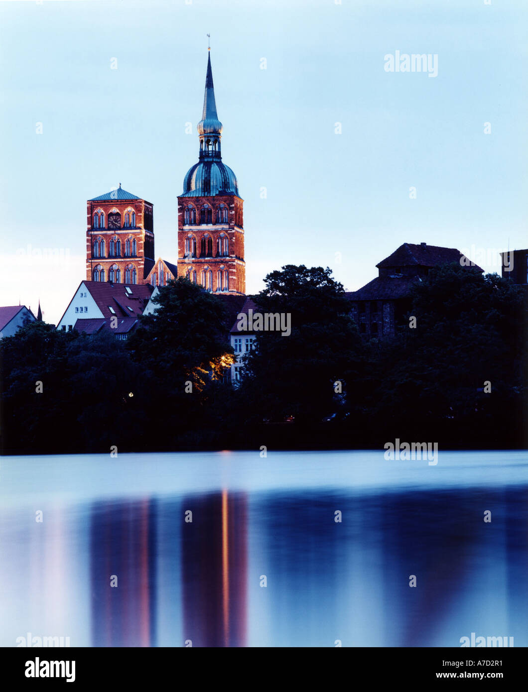4019 Germany Mecklenburg Vorpommern view over the lake Knieperteich to the city of Stralsund Stock Photo