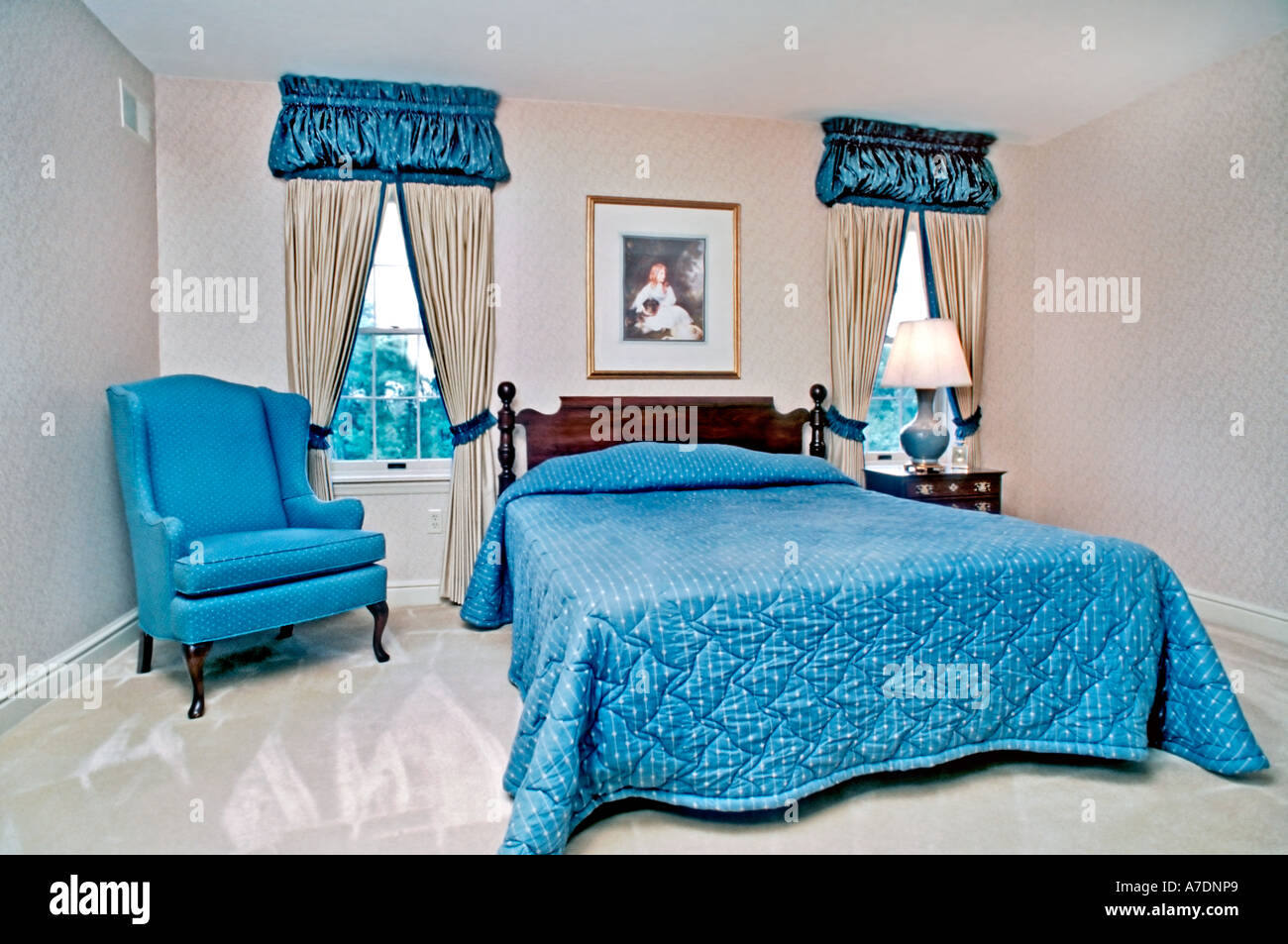 INVESTMENTS, House, USA Luxury Interior Showcase Home Comfortable Master Bedroom, Interior  Design, King Size Bed, suburban house - Stock Image