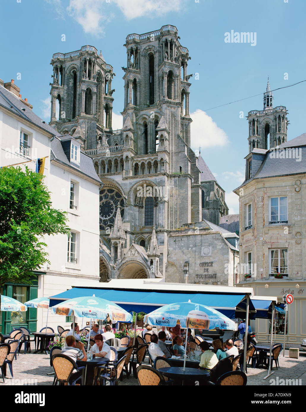 FRANCE PICARDY LAON CATHEDRAL QUARTER   NOTRE DAME Stock Photo