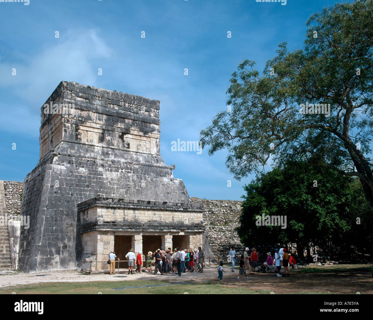 Temple of the Jaguars and Annexe, Mayan Ruins, Chichen Itza, Yucatan Peninsula, Mexico - Stock Image