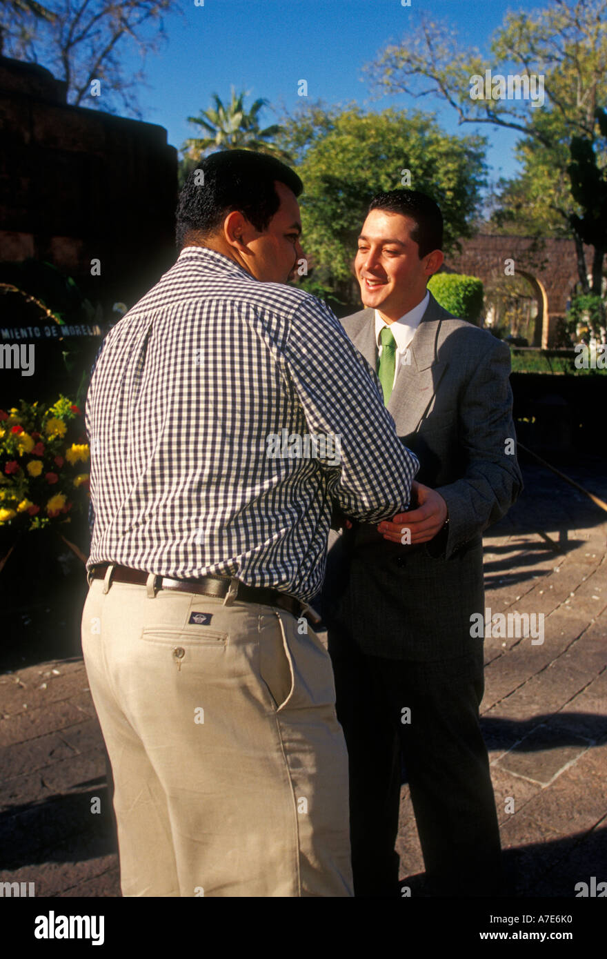 Mexicans Greeting Stock Photos Mexicans Greeting Stock Images Alamy