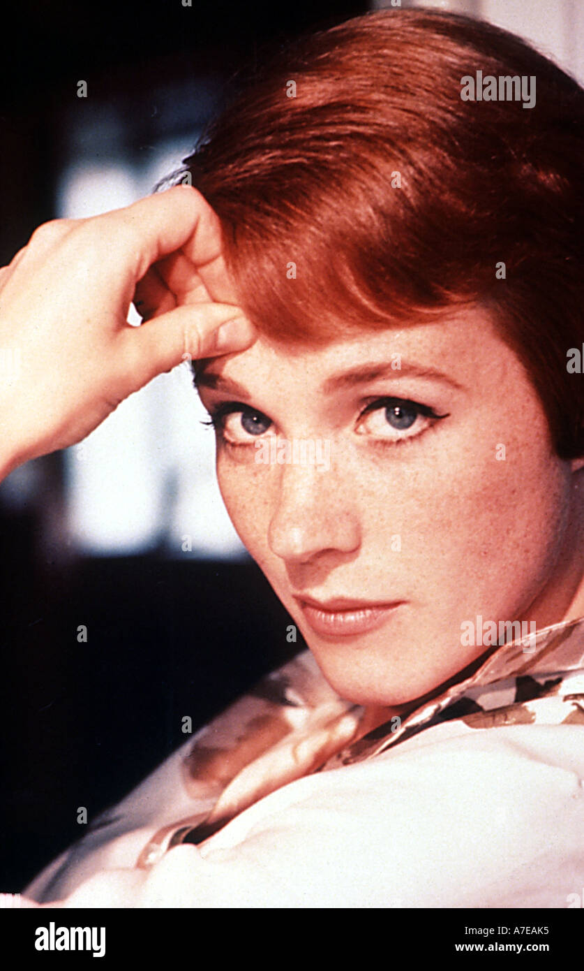JULIE ANDREWS UK singer and actress - Stock Image