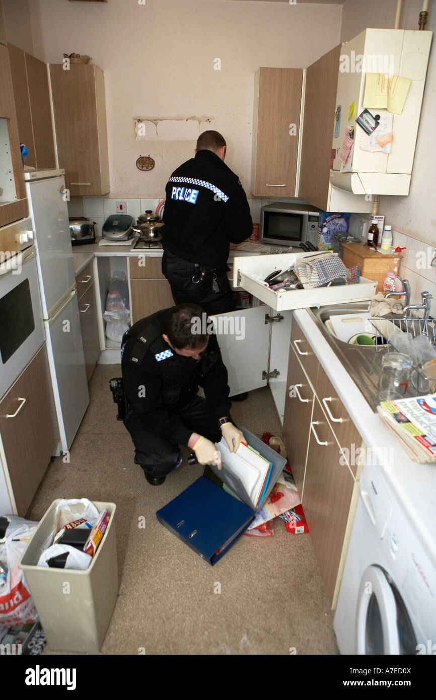 Police Officers Search A House For Drugs In Hull Police