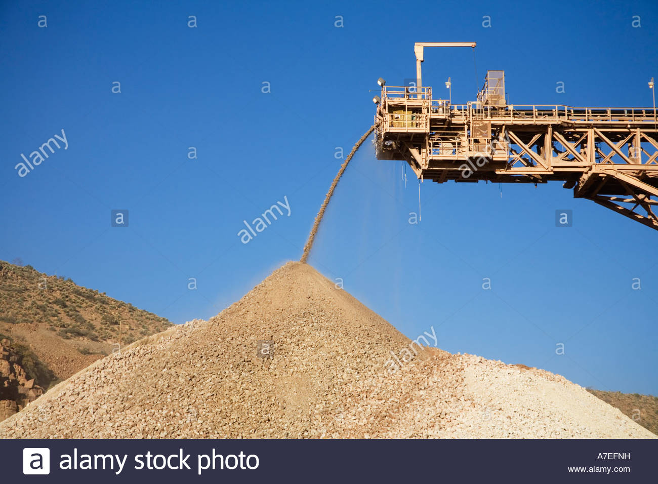 dodge jaw crusher with Ore Crusher on Types Crushing Equipment in addition Hewitt Robins Double 2 Deck Screen Plant P162714 moreover Jaw Crusher 55107659 likewise Crusher as well Paul O Abbe 36 In X 42 In Ball Mill P155130.