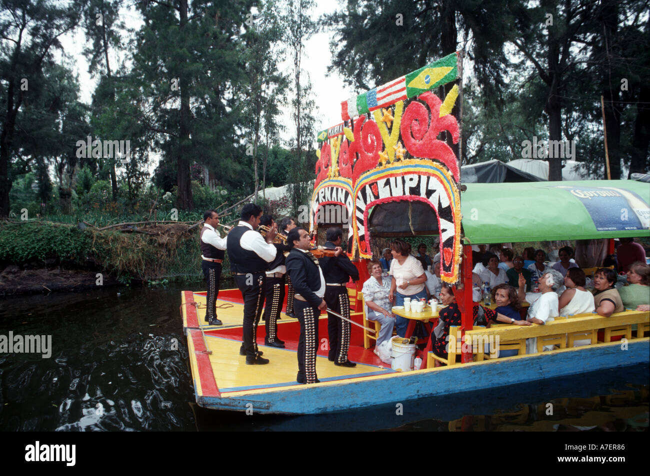 Mexico City, UNESCO patrimony site Xochimilco and trinjeras, poled around the canals with tourists - Stock Image