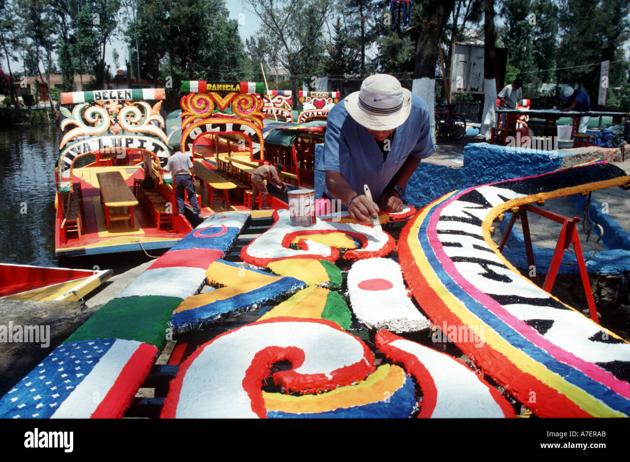 Mexico, Mexico City, North America. UNESCO patrimony site Xochimilco, features 'trinjeras' - brightly-painted gondolas. - Stock Image