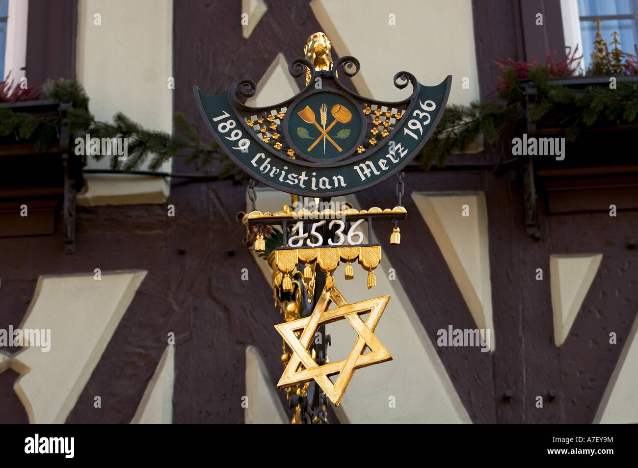 "Guild sign of brewery, ""brewers star"" Bamberg, Franconia, Bavaria, Germany Stock Photo"