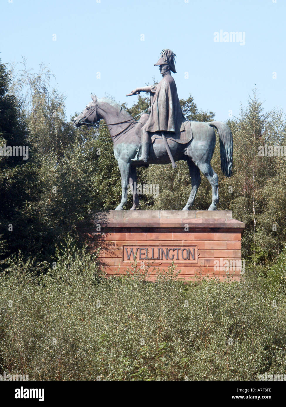 Aldershot Hampshire a town with large army establishment statue of Duke of Wellington in parkland - Stock Image