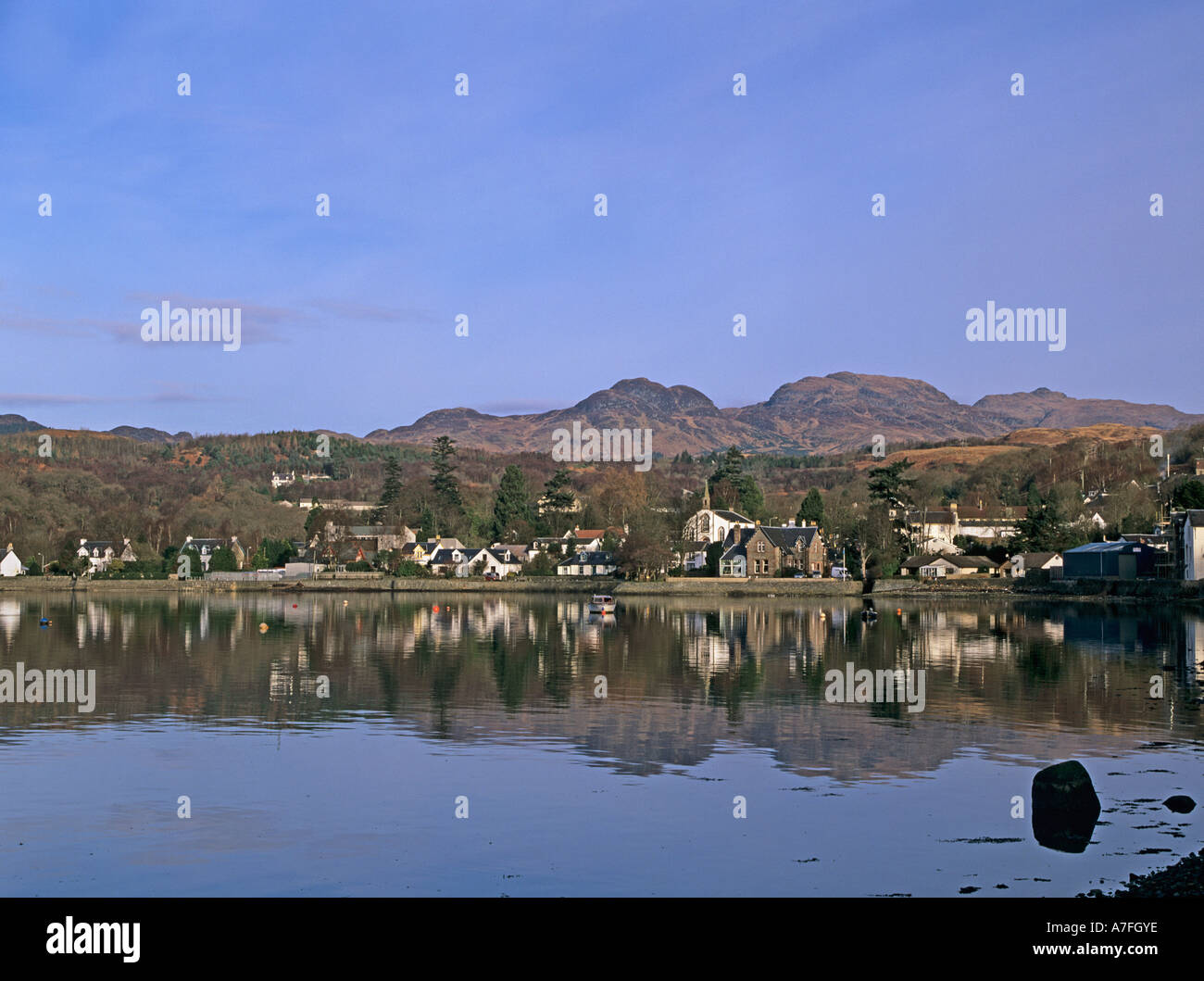 GARELOCHHEAD ARGYLL SCOTLAND UK  February Looking across to this lovely village at the end of Gare Loch - Stock Image