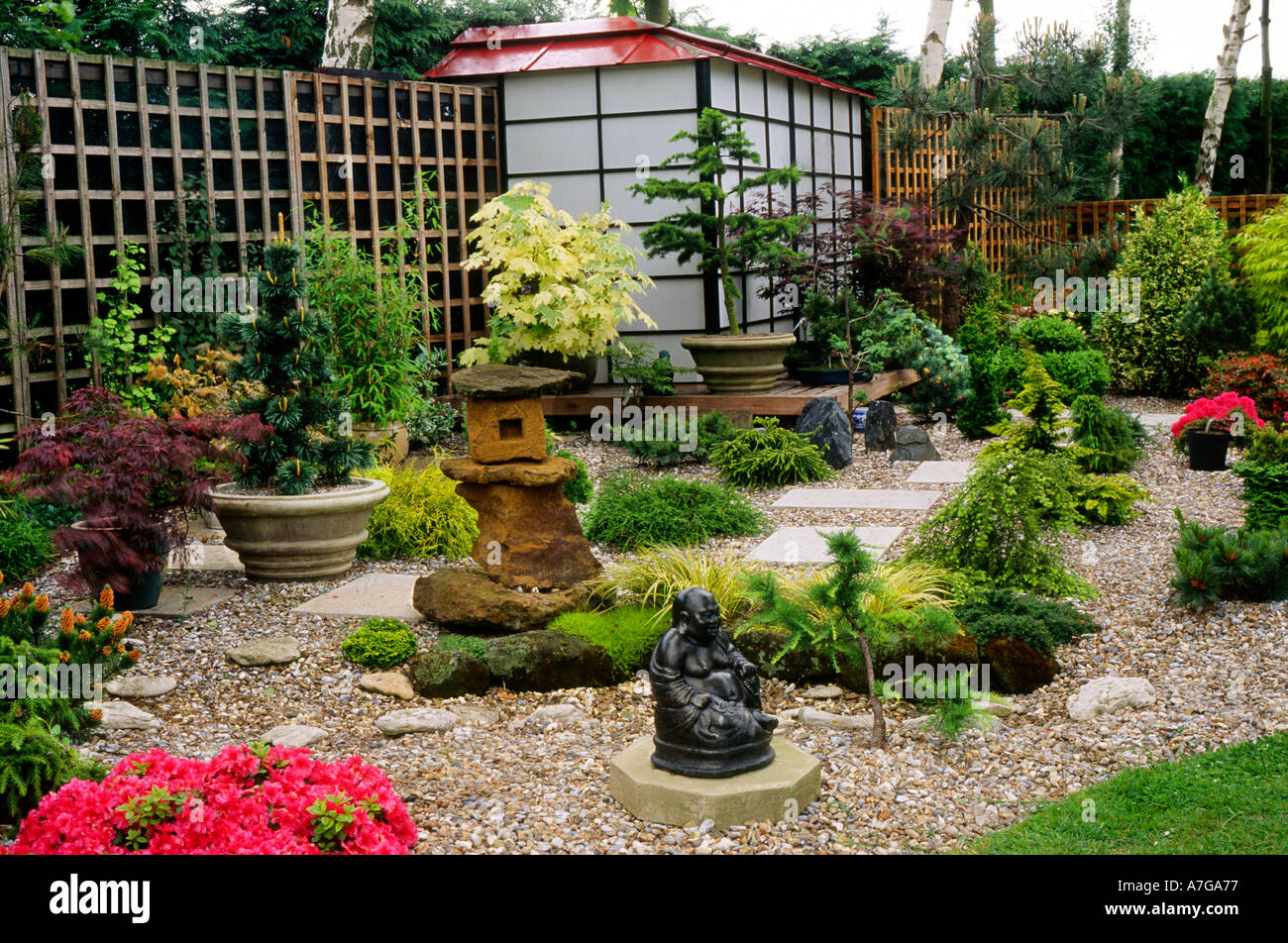 Japanese Style Small Garden England UK Garden Small Garden Ornaments Buddha  Gravel Miniature Trees Acers Pavilion Design