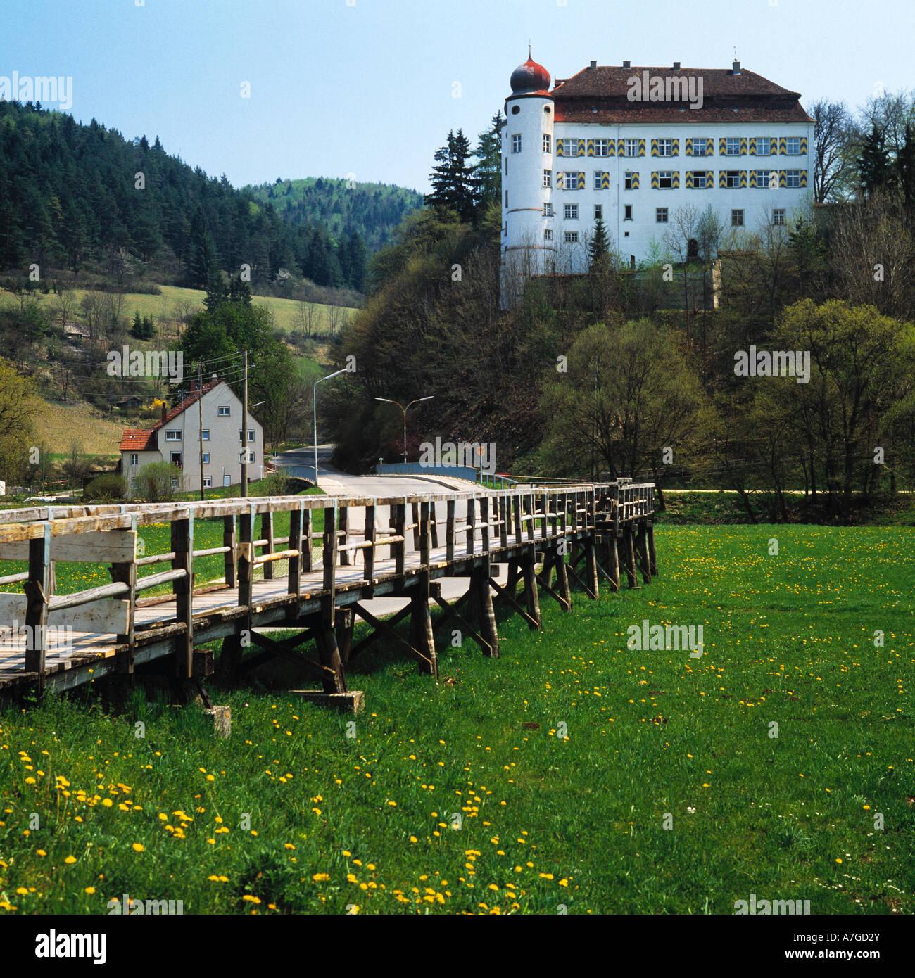 Schloss der Herren von Enzberg in Muehlheim an der Donau, Naturpark Obere Donau, Schwaebische Alb, Baden-Wuerttemberg - Stock Image