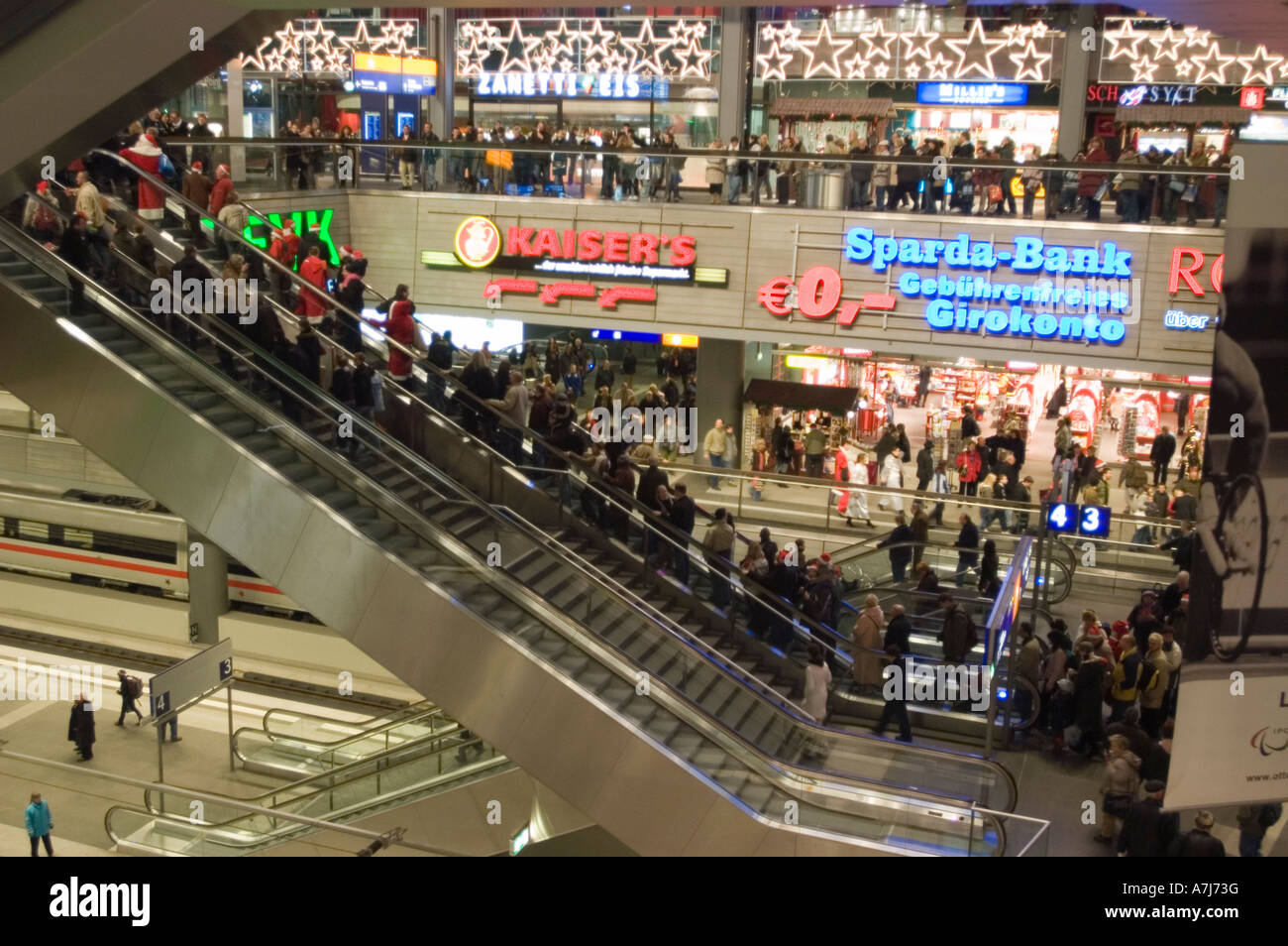 5013444c116980 Escalators and shops at Berlin Hauptbahnhof Main Railway station Germany