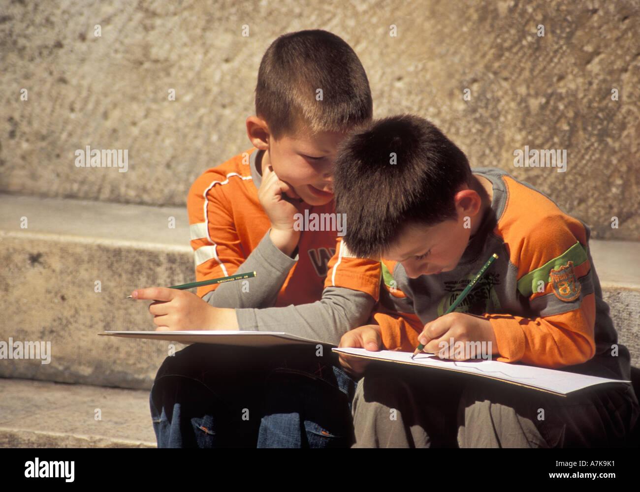 Boys on a school field trip in Split, Croatia, April 2005 - Stock Image