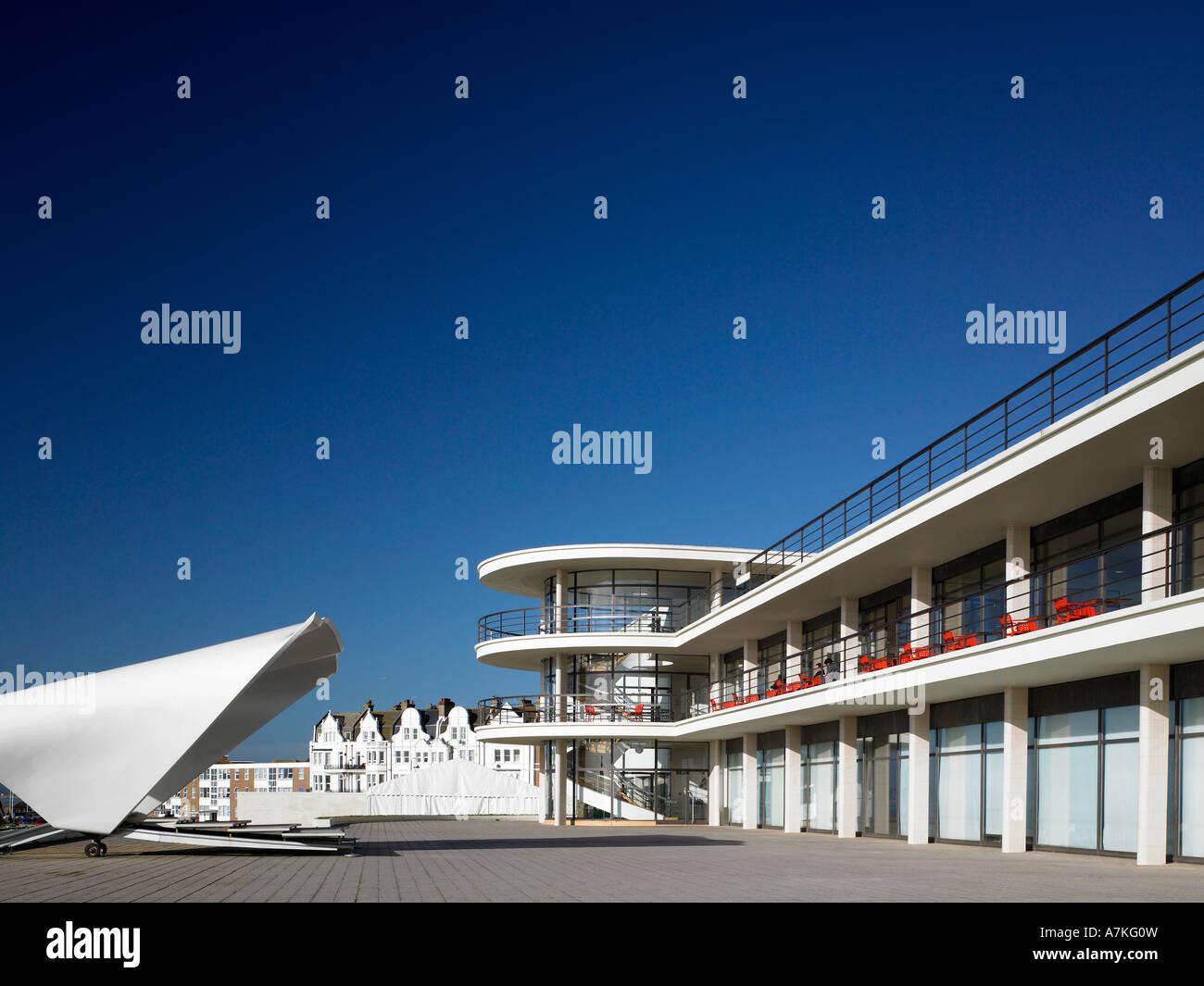 De La Warr Pavilion, Bexhill on Sea, East Sussex. 1935 Architect: Erich Mendelsohn and Serge Chermayeff - Stock Image