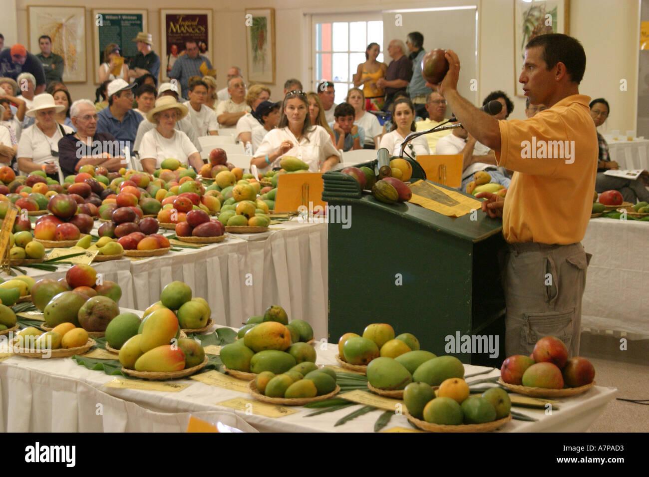 Fairchild Tropical Botanic Garden Miami Stock Photos & Fairchild ...