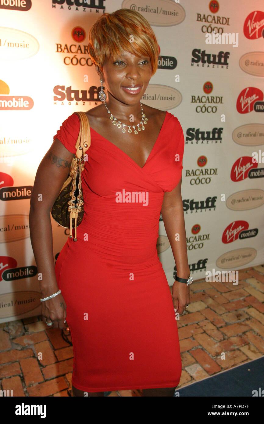 Miami Beach Florida Star Stuff Magazine Virgin Mobile party Black rap singer celebrity Mary J. Blige - Stock Image