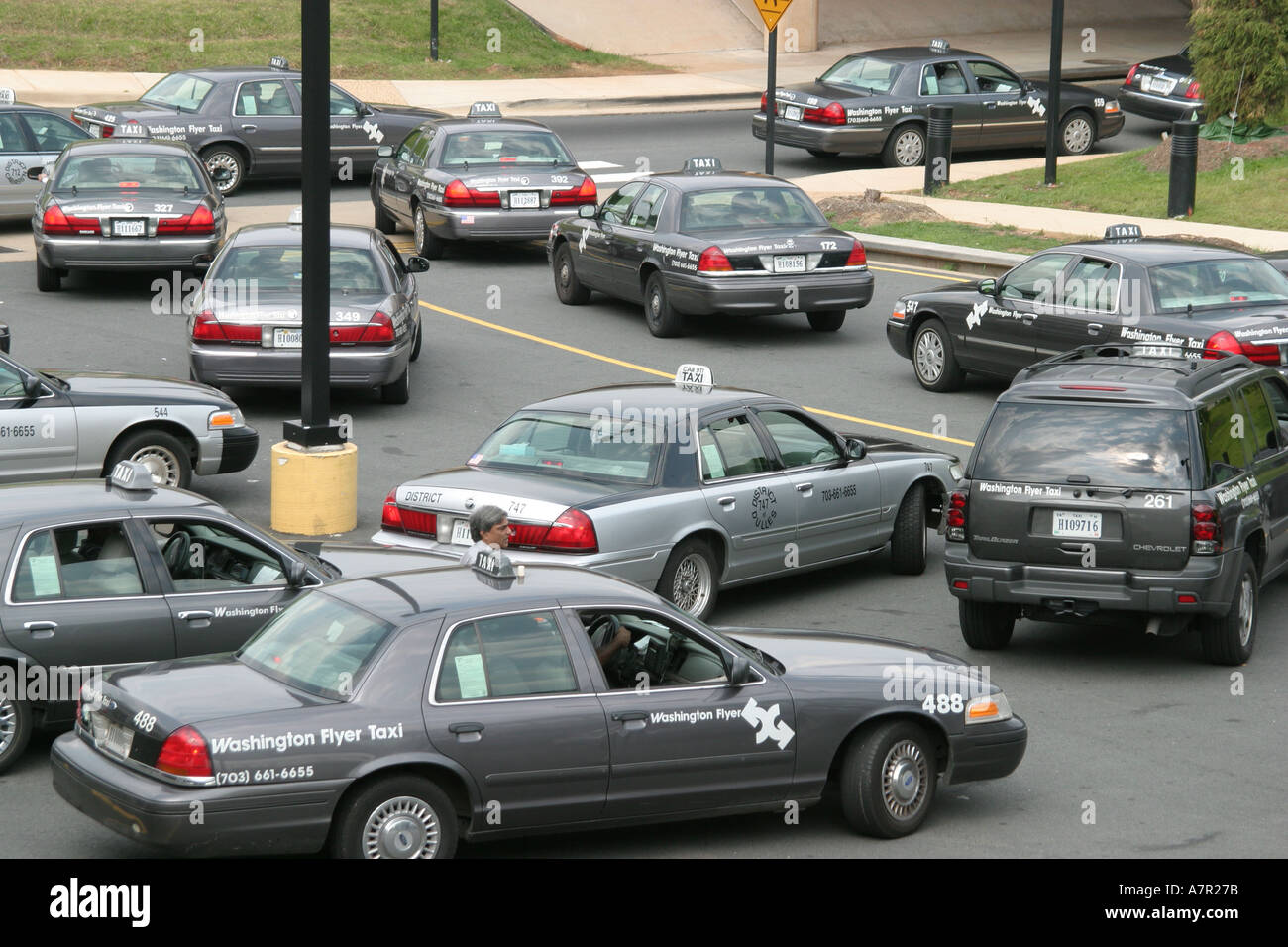Virginia VA South Washington Dulles Airport transportation commercial flight flying airlines taxi taxis cab cabs driver fare public tran Stock Photo