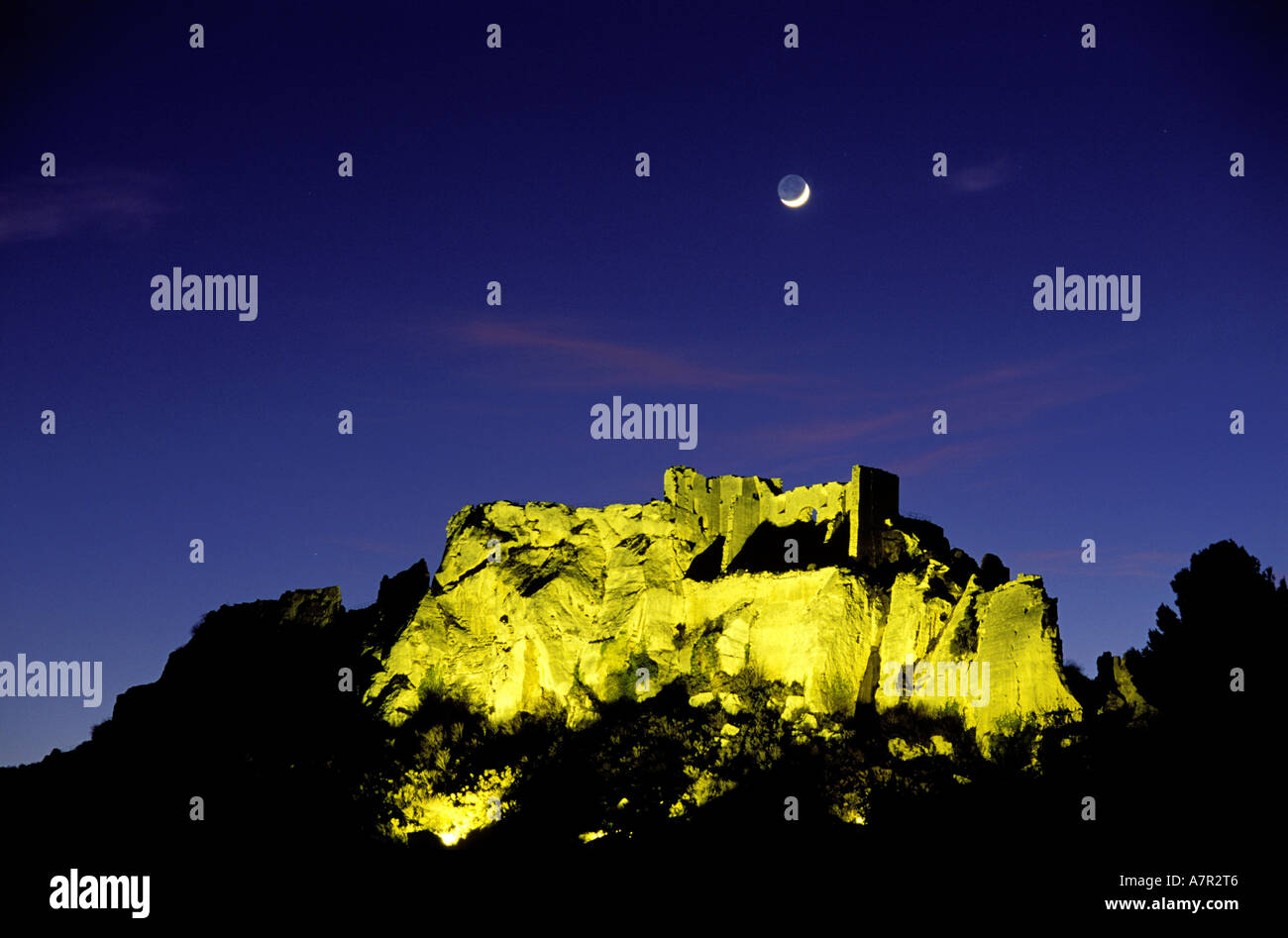 France, Bouches du Rhone, Les Baux de Provence village, ruins of castle and donjon - Stock Image