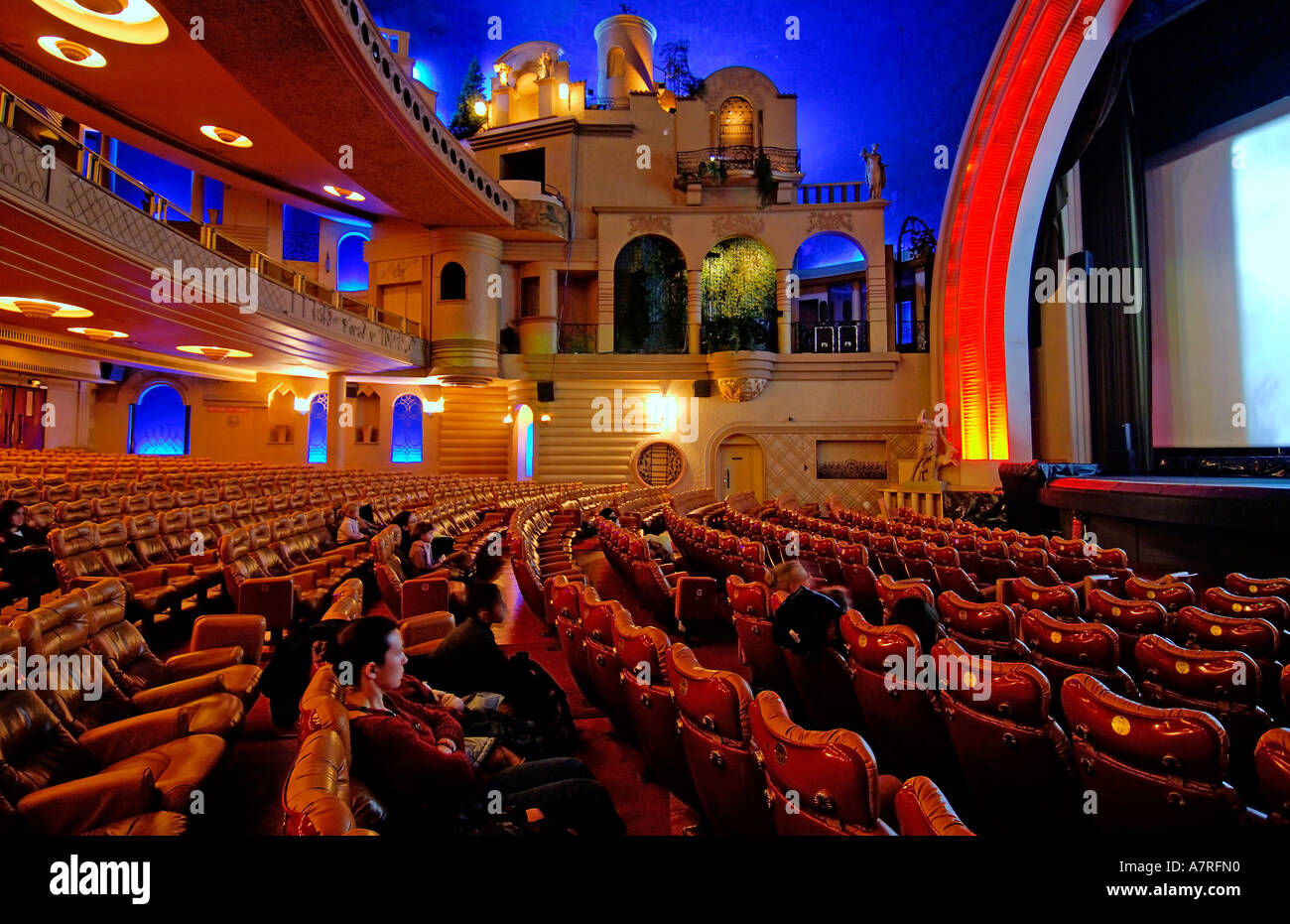 france paris grand rex cinema stock photo 6800015 alamy. Black Bedroom Furniture Sets. Home Design Ideas