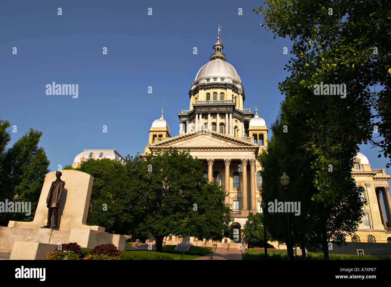 ILLINOIS Springfield State of Abraham Lincoln on grounds of State Capitol building silver dome governmental offices - Stock Image