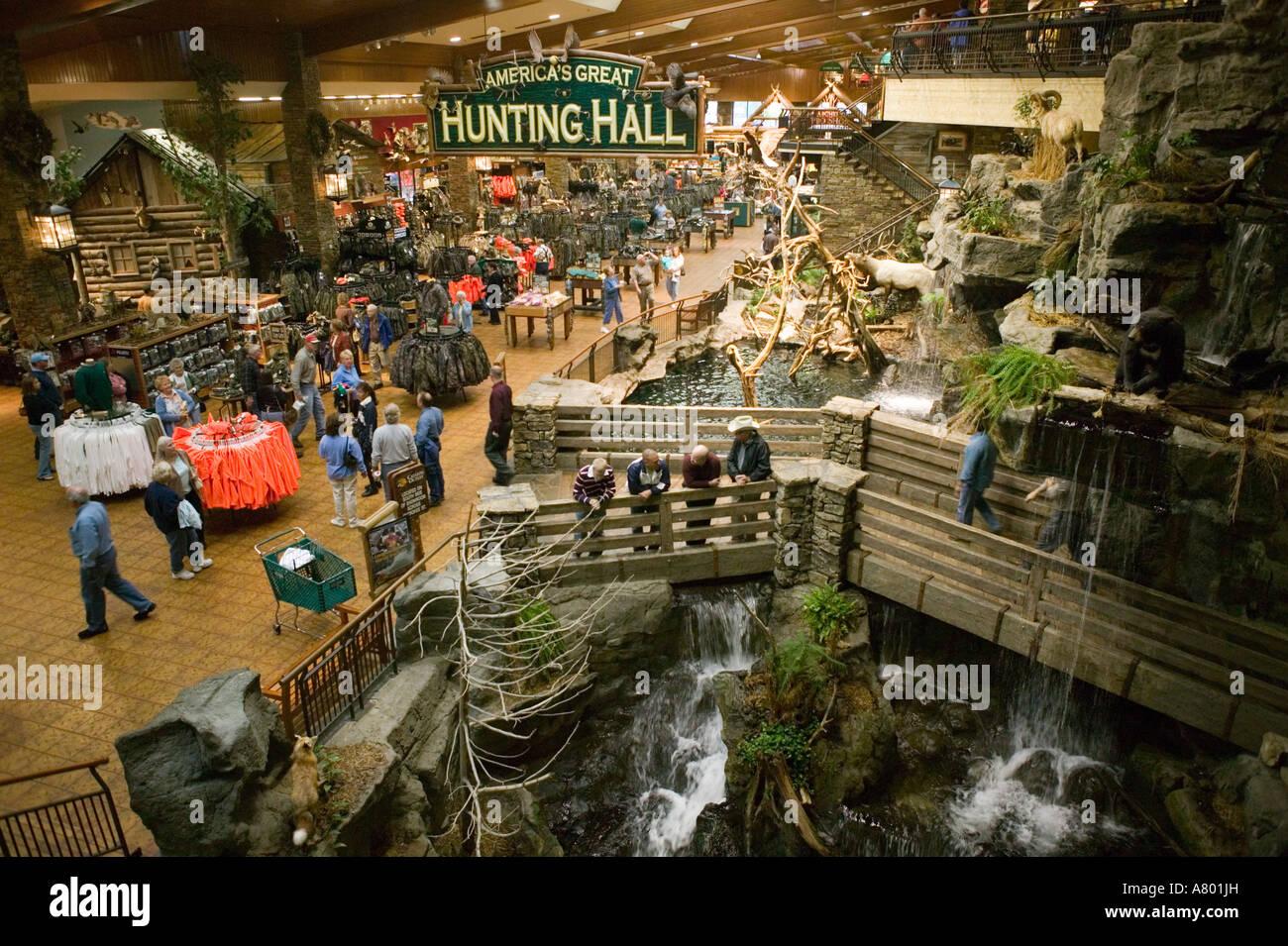 Bon USA, Missouri, Springfield, Bass Pro Shops Outdoor World, Outdoor  Recreational Store,