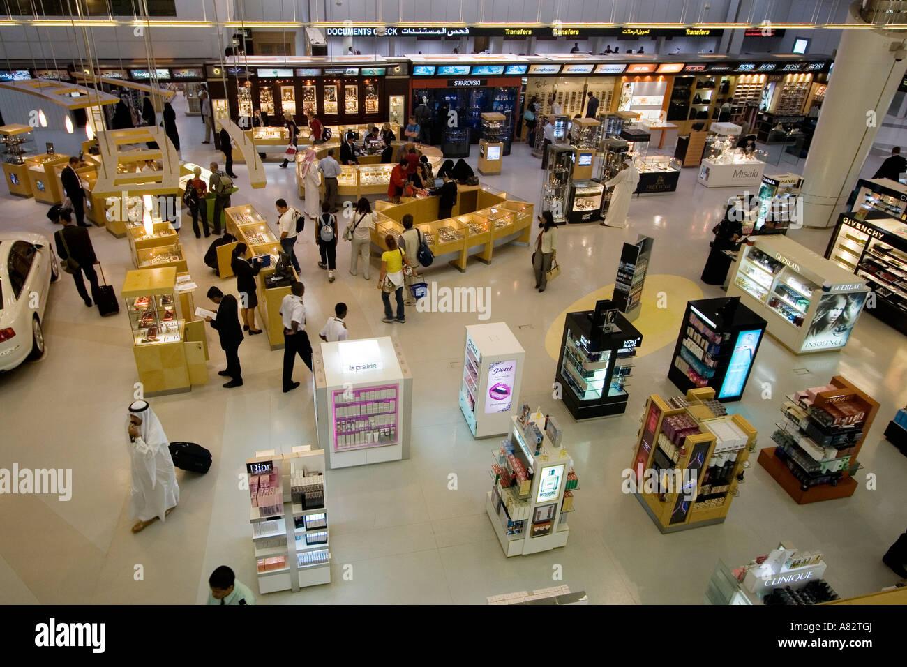 53b403c708fc Qatar Doha airport duty free shopping Stock Photo  11968961 - Alamy