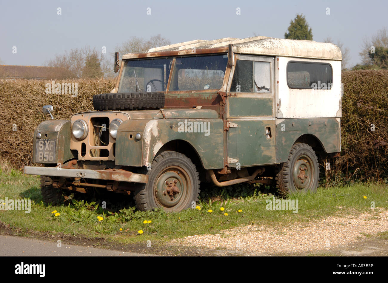 abandoned series 1 land rover stock photo 11973873 alamy. Black Bedroom Furniture Sets. Home Design Ideas