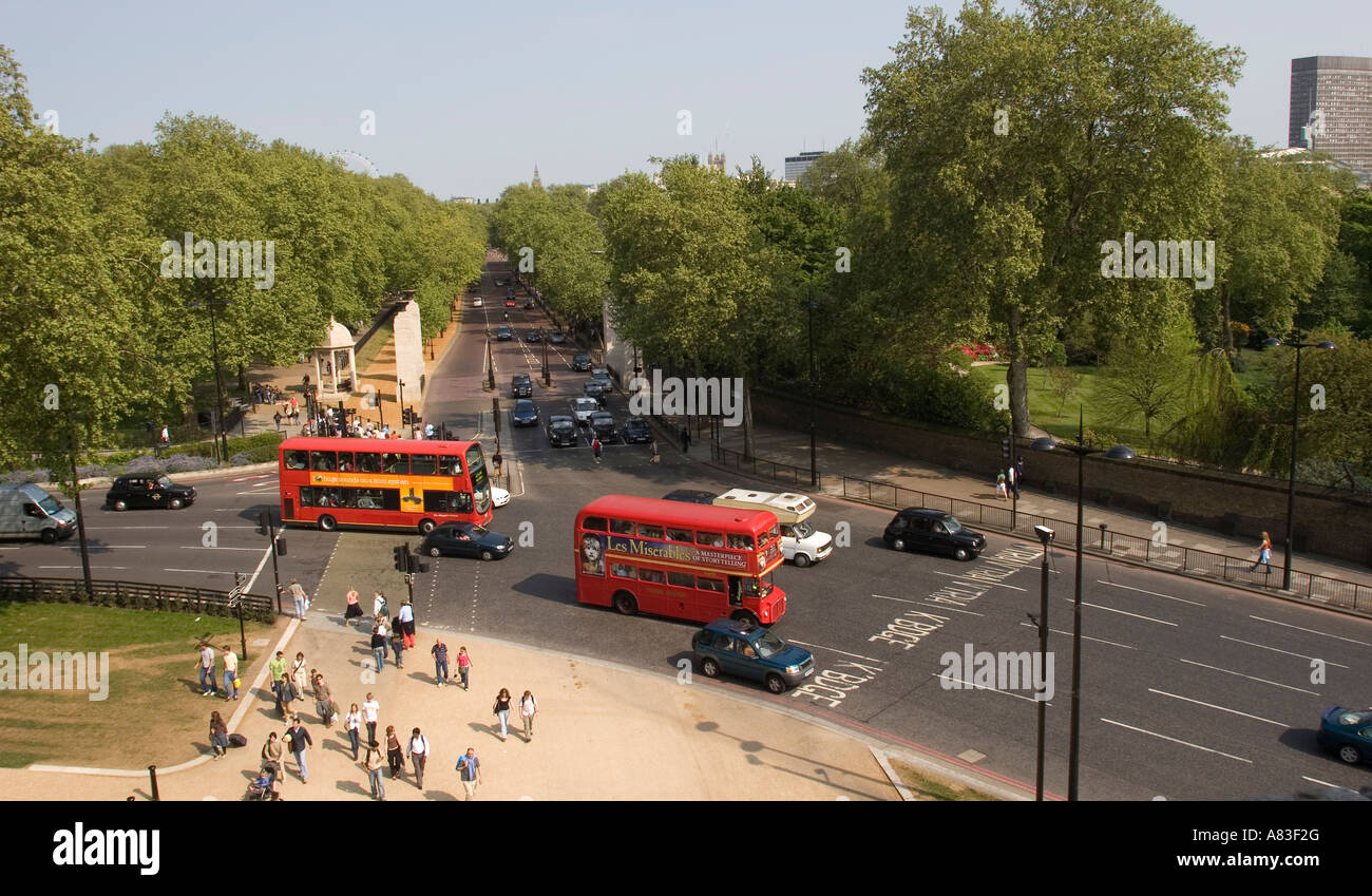 View from the top of the Wellington Arch, Hyde Park  Corner London GB UK London Red buses - Stock Image