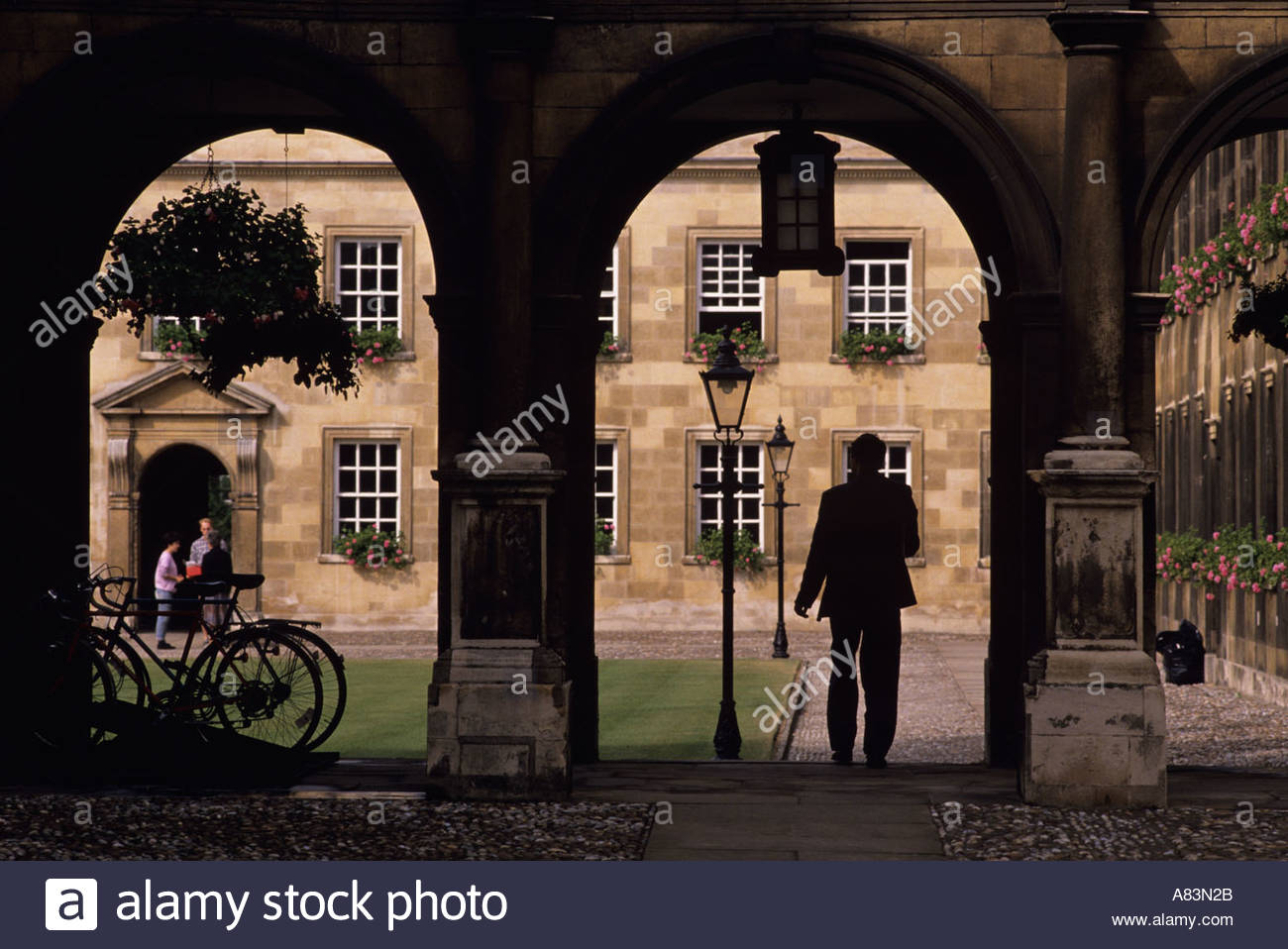 Student entering Peterhouse College, Cambridge, Uk - Stock Image