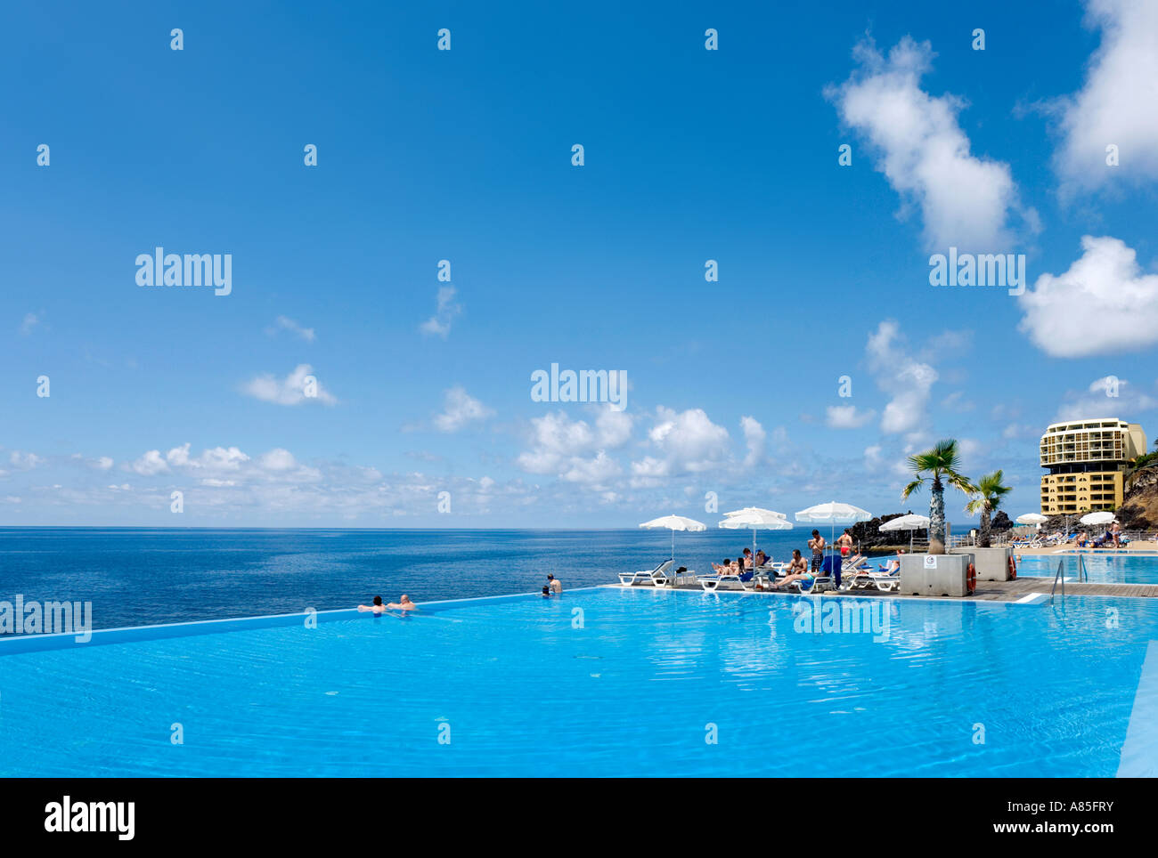 Infinity pool at the Crowne Plaza Resort, Funchal, Madeira, Portugal - Stock Image