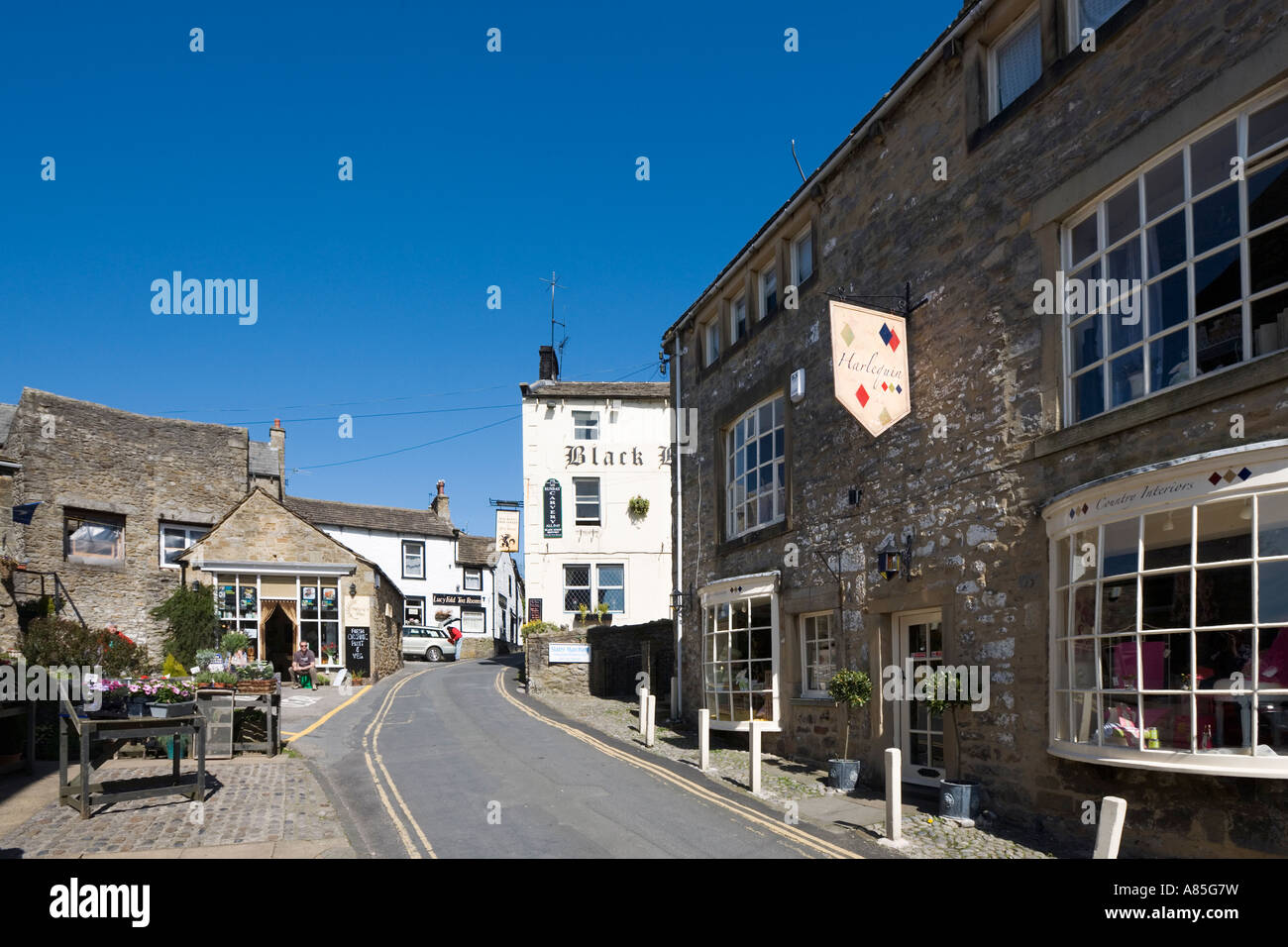 Town centre in Grassington, Wharfedale, Yorkshire Dales National Park, North Yorkshire, England, UK Stock Photo