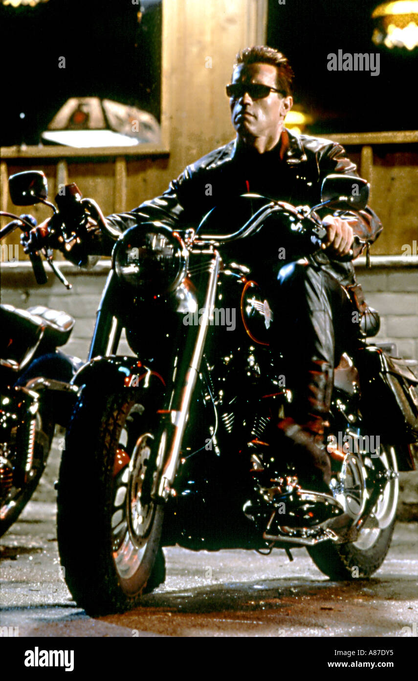 TERMINATOR 2 Arnold Schwarzenegger in the 1991 Guild film - Stock Image