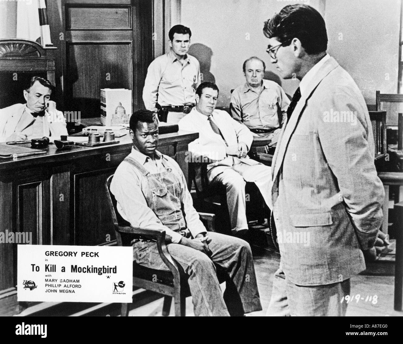 TO KILL A MOCKINGBIRD 1962 UI film with Gregory Peck at right - Stock Image