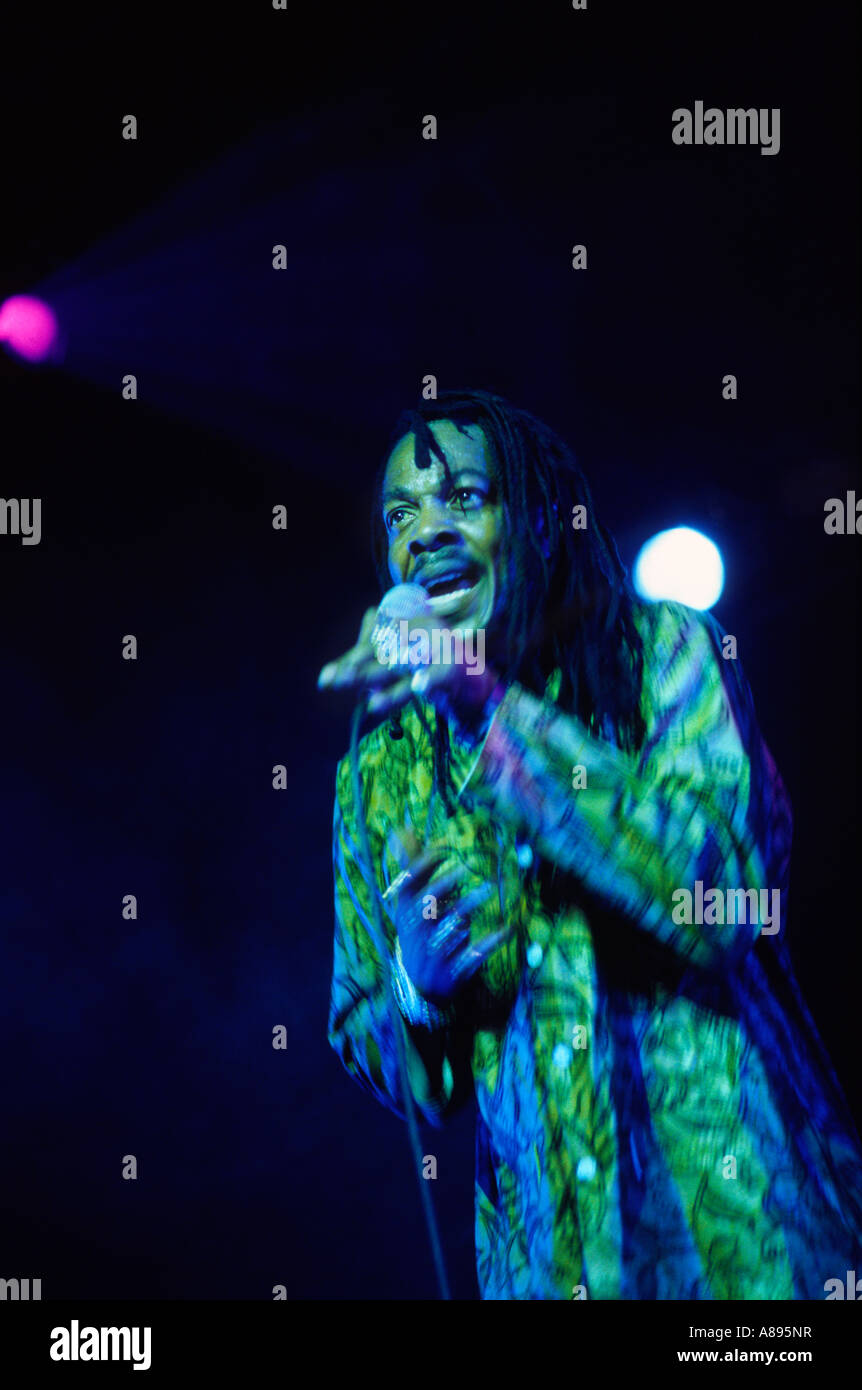 micheal prophet singing live at the essential festival in 2003 - Stock Image